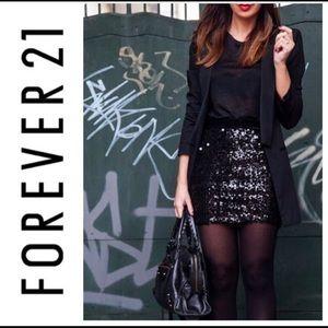 Forever 21 sequin mini skirt black L Zip Party